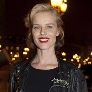 Eva Herzigova Wants A Natural Birth