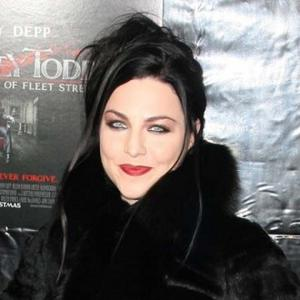 Evanescence Singer Adjusting To Being A Rock Star