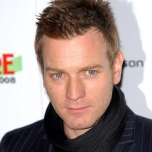 Ewan Mcgregor To Continue To Be Nude