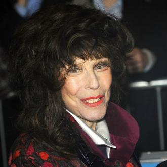 Fenella Fielding dead at 90