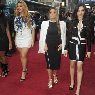 Fifth Harmony listen to country music prior to going on stage