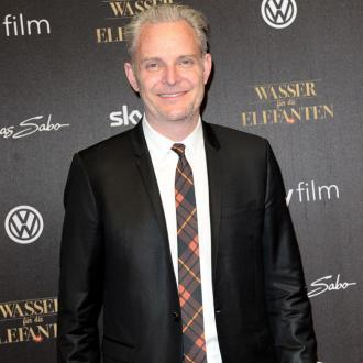 Francis Lawrence to direct The Hunger Games: Mockingjay