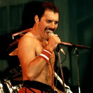 Freddie Mercury Returning To The Stage With Queen