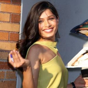 Freida Pinto Hates Skype Calls To Dev