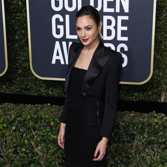 Gal Gadot was a soldier at Golden Globes