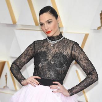 Gal Gadot loves Robert Pattinson and Zoe Kravitz in The Batman trailer