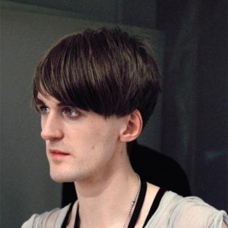 Gareth Pugh To Return To London Fashion Week