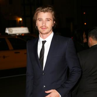 Garrett Hedlund won't use social media