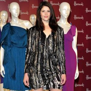Gemma Arterton's Clothes Struggle