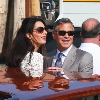 Amal Clooney Don't Make Rande Gerber 'Feel Stupid'