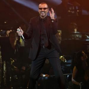 George Michael Diagnosed With Pneumonia