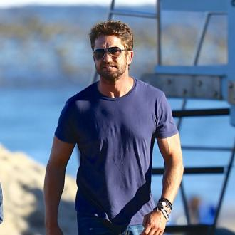 Gerard Butler splits from girlfriend