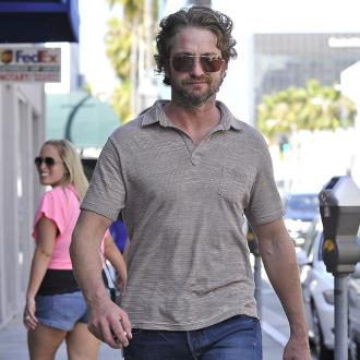 Gerard Butler Has Icy Underwear