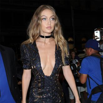 Gigi Hadid wants a handwritten love letter this Christmas