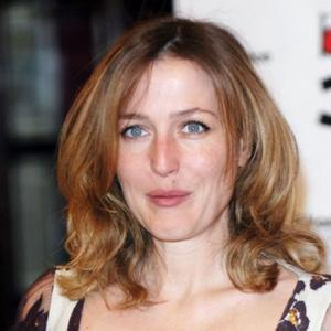 Gillian Anderson Terrified Of Theatre