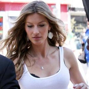 Gisele Bundchen Wants Big Family