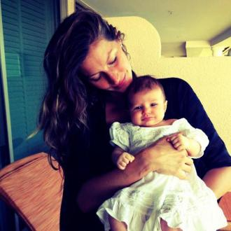 Gisele Bundchen Shows Off Daughter To Fans