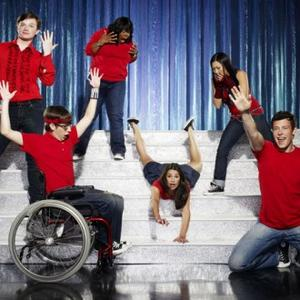 Glee Cast Beat Elvis' Record