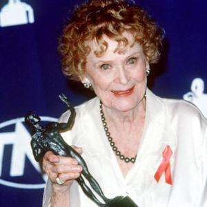 Gloria Stuart Dies Aged 100