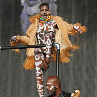 Grace Jones Slams 'Middle Of The Road' Pop Stars