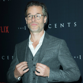 Guy Pearce was insecure about his acting when he was younger