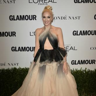 Gwen Stefani ruptures eardrum
