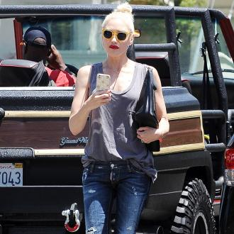 Gwen Stefani returns to work after split