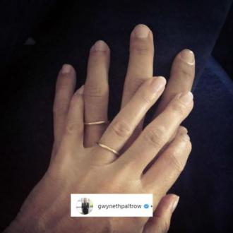 Gwyneth Paltrow shows off wedding ring
