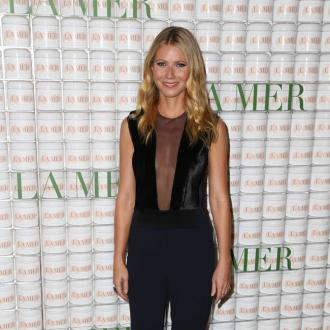 Gwyneth Paltrow 'Desperate' To Meet Chris Martin's Girlfriend