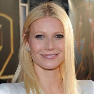 Gwyneth Paltrow Brings Joy To Glee