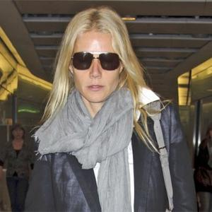 Gwyneth Paltrow Is Obsessive About Germs