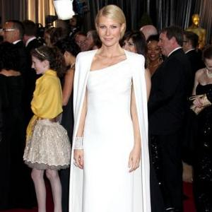 Gwyneth Paltrow 'Supremely Elegant' Oscars Dress