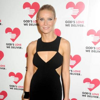 Gwyneth Paltrow Creates 'Dream' Yoga Top