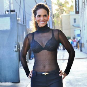 Halle Berry's cleavage secret