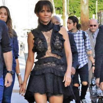 Halle Berry saved by Pierce Brosnan