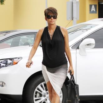 Halle Berry Has A Psychologist For Work Stresses