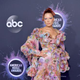 Halsey references Grammy snub in AMA speech