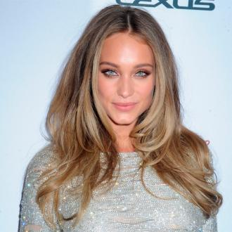 Hannah Davis Gives Up Bedroom To House Swimsuit Collection