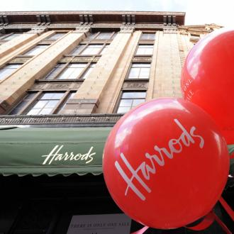 Harrods anticipates Boxing Day Sale queues