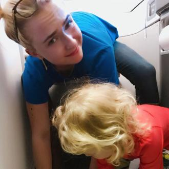 Hayden Panettiere's mid-air toilet emergency