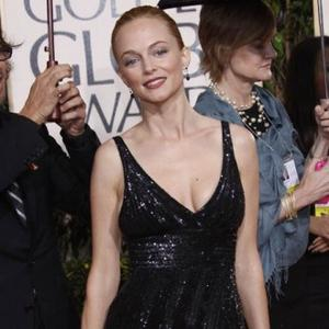 Heather Graham Loves 'Lazy Cuddling'