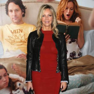Heather Locklear checks into mental health facility