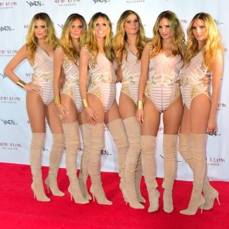 Heidi Klum clones herself for Halloween costume