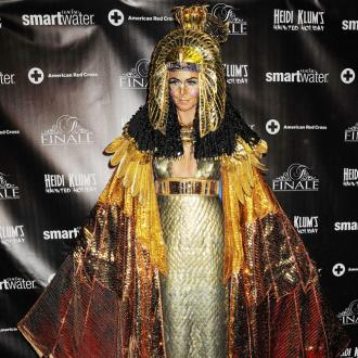 Heidi Klum Sparkles As Cleopatra At Charity Party