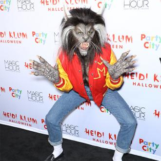 Heidi Klum pays tribute to Michael Jackson for Halloween