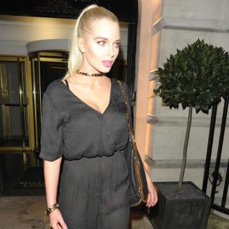 Helen Flanagan wants to quit smoking