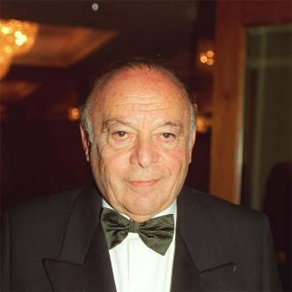 Herbt Lom Dies Aged 95