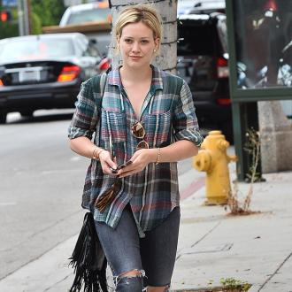 Hilary Duff: Listening to LP will be 'hard' for Mike Comrie