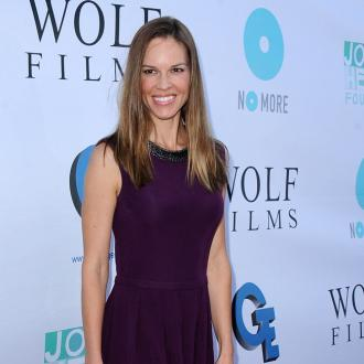 Hilary Swank's Wedding Phone Ban
