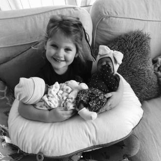 Hillary Scott Shares First Snap Of Twins